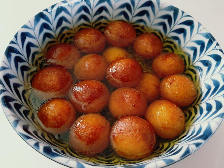 Gulab Jamun Pic 1